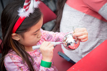 Decorating ornaments at Holiday On Ice 2016