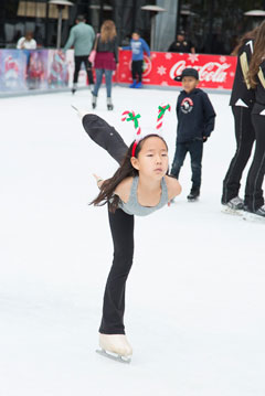Holiday On Ice 2016 skater