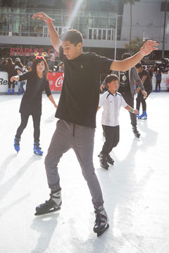 Holiday On Ice 2017 skater with arms out